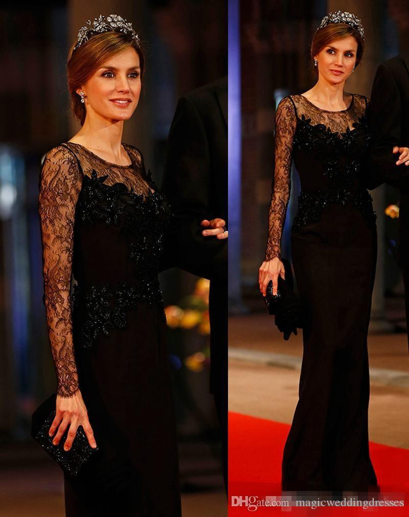 2018 Newest Lace Long Sleeve Mother Of Bride Dresses Elegant Appliques Sheath Black Velvet Wedding Groom Evening Dresses Gowns