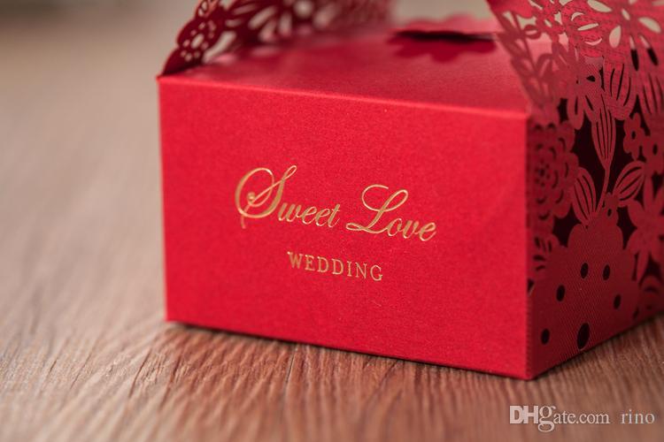 Hochzeitsbevorzugungs-Geschenkboxen Laser geschnittene rote Schokoladen-Süßigkeit-Kasten-große Größen-hohle Papierkästen 2 Größen für wählen