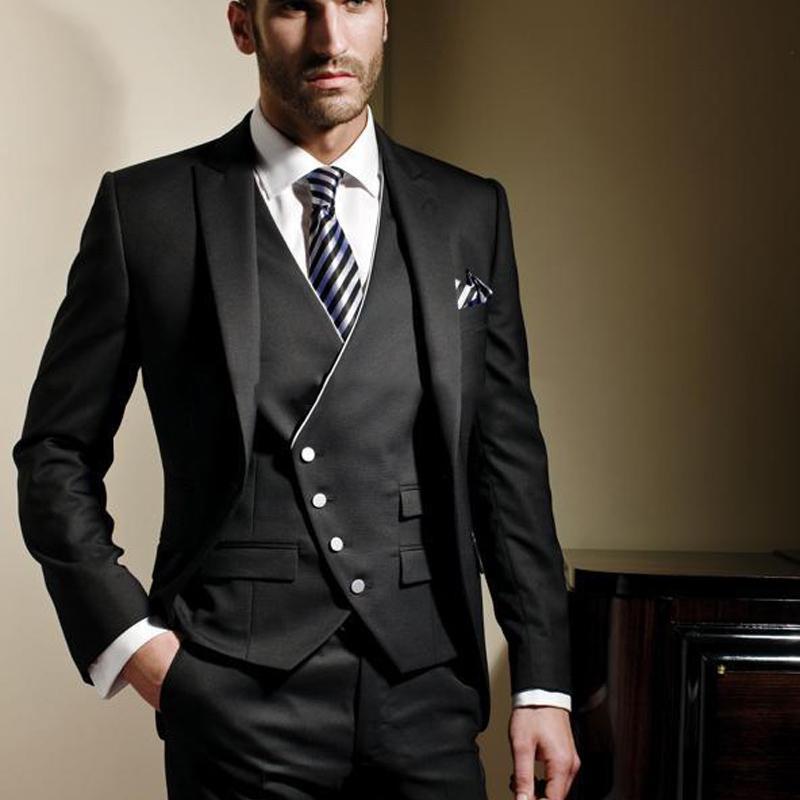 Compre 2018 Negro Italiano Para Hombre Trajes De Boda 3 Piezas Slim Fit  Groom Tuxedos Gentle Men Blazers Hombres Traje Clásico Con Solapa  Enarbolada A ... f5c62dbdc54