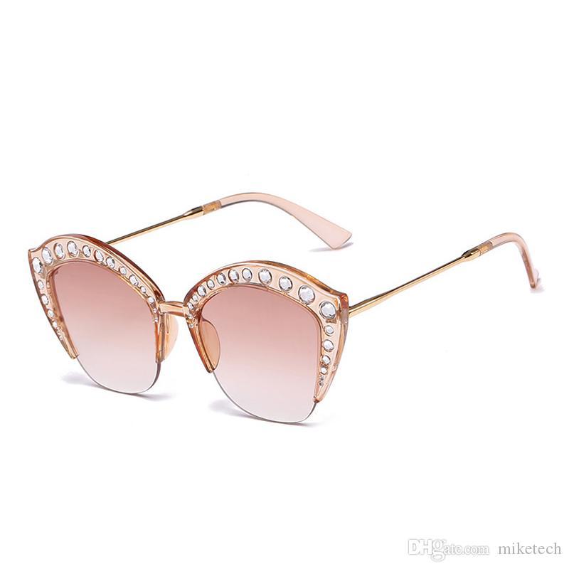 fc1a82d188 Compre Lujo Rhinestone Gafas De Sol Mujer Accesorio Diseñador De La Marca  Vintage Ladies Gafas De Sol Gafas Retro Oculos Shades 2764X A $7.11 Del  Miketech ...