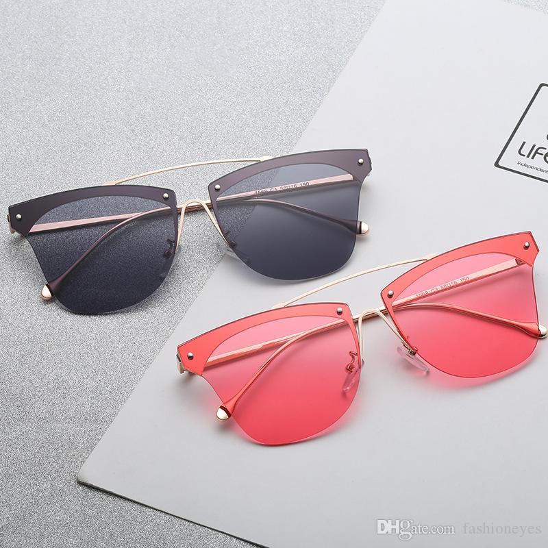 4a9c270040 Compre Marco Cuadrado De Moda Gafas De Sol De Mujer Lentes Claras De Color Señora  Gafas De Sol Verano Anti Uv Ojos De Gato Eyewear Para Hombres A $6.54 Del  ...