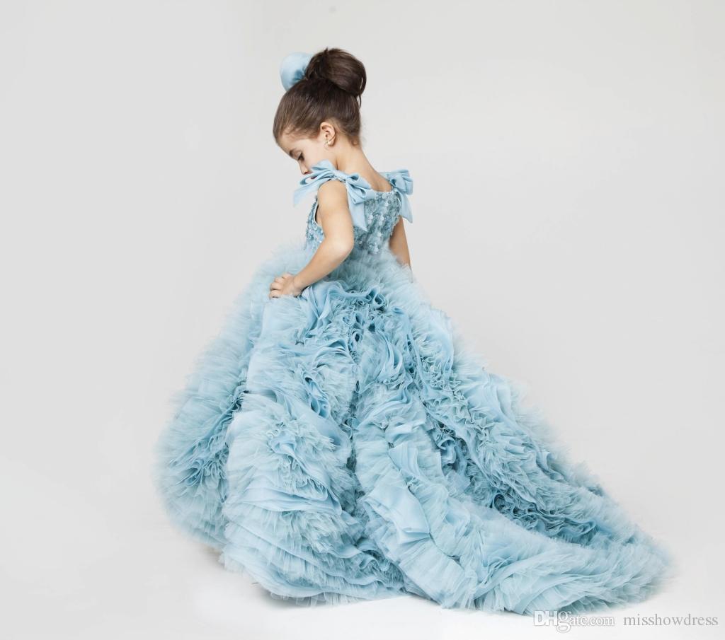 2018 Nette Juwel-Hals-Prinzessin-Blumen-Mädchen-Kleider Tüll-Bogen geraffte abgestufte Rüsche-Mädchen-Festzug-Kleider Eis-blaue geschwollene Kinder Partei-Kleider