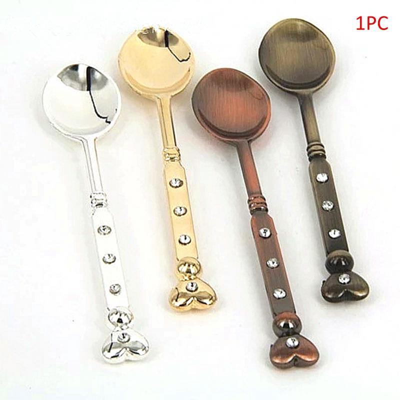 Portable 1pcs Stainless Steel Spoon Guitar Shape Hiking Camping Tableware Stirring Spoon Small Outdoor Tablewar Scoop Creative Campcookingsupplies Sports & Entertainment
