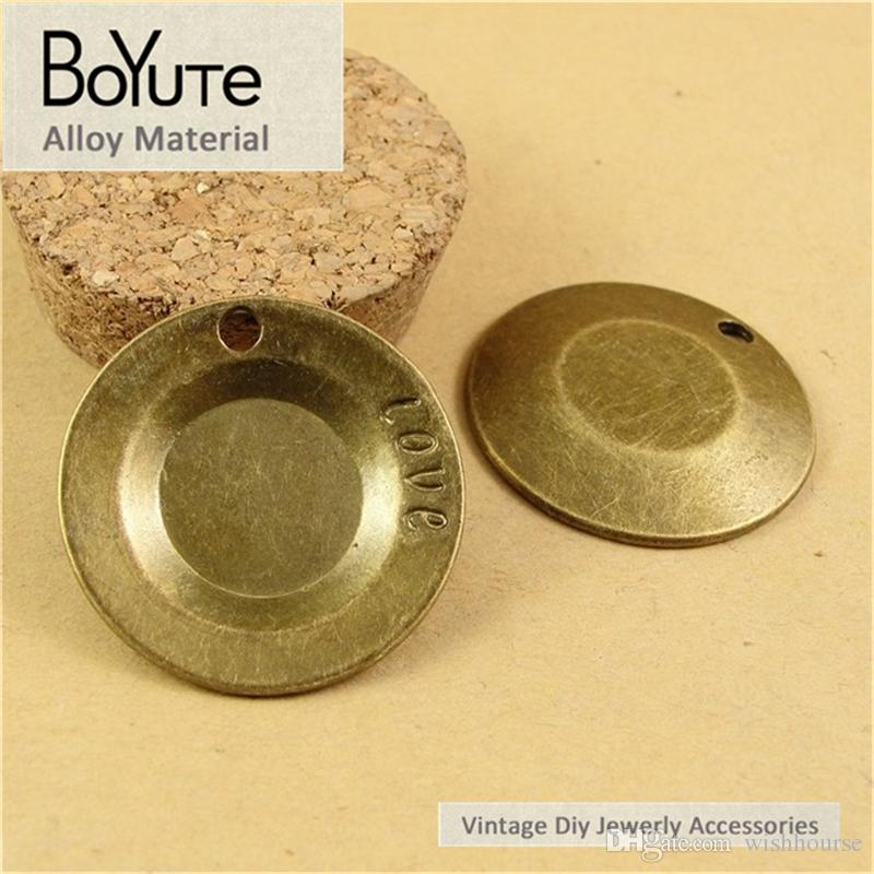BoYuTe  35MM Vintage Style Zinc Alloy Antique Bronze Plated Metal Disk Pendant Love Charms for Jewelry Making Diy Accessories