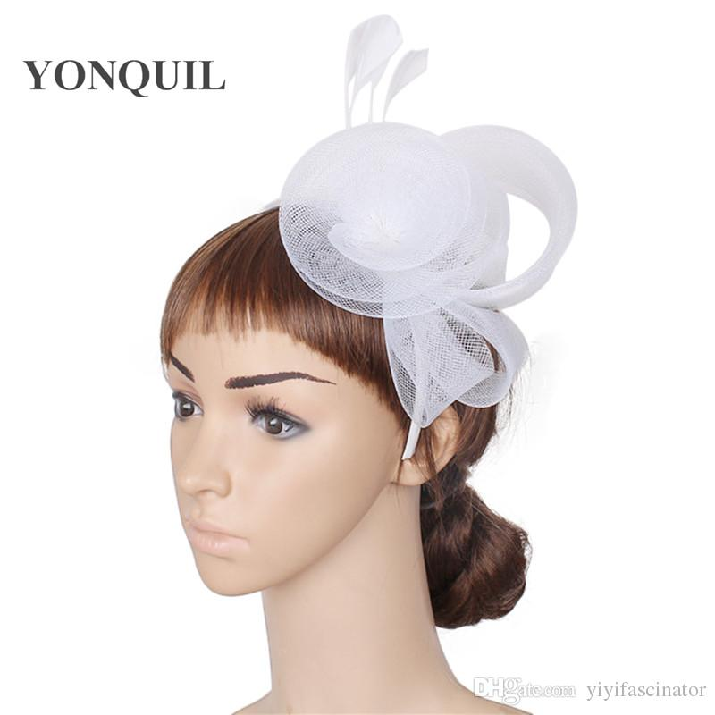 a7b61b1dcd4 2018 New Multiple Colors Elegant Fascinators Wedding Hair Accessories  Bridal Hats Party Headwear White Ladies Kentucky Cocktail Hats SYF39 Bridal  Hat With ...
