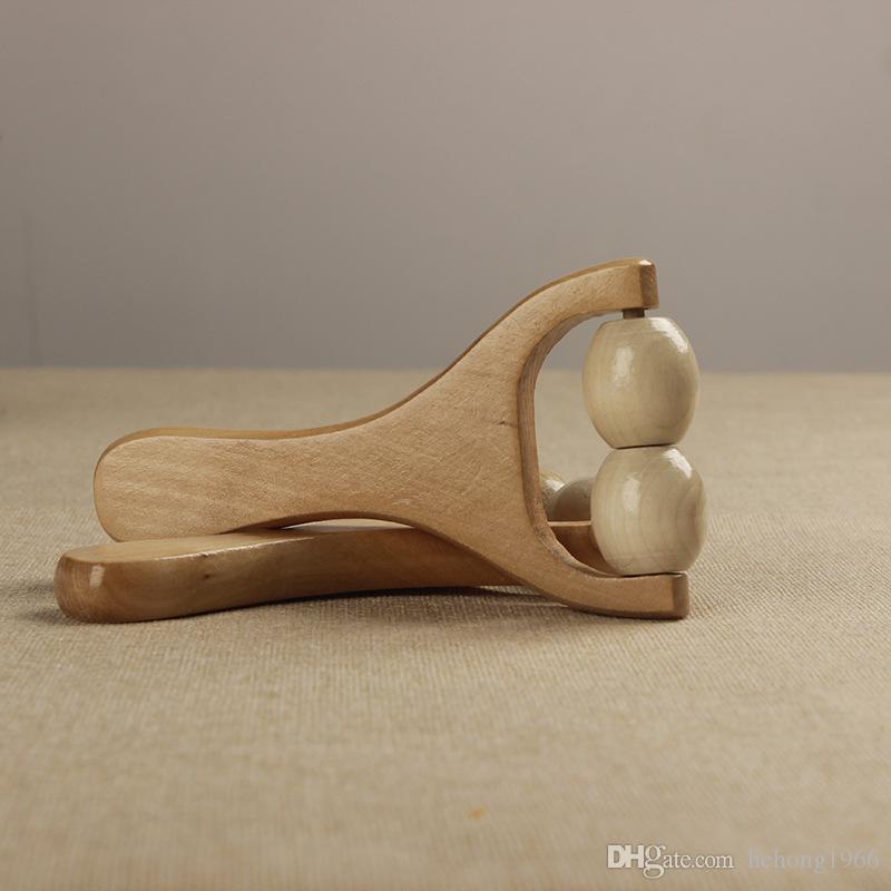 Regalo di massaggio in legno naturale Creativo Multi Function Slingshot Tre ruote Tipo manuale Palm Wood Full Body Rilassante strumento di impasto 2 5xq Y