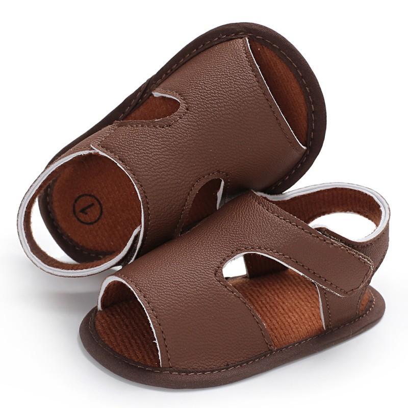 e736449623bee Acheter 2018 Chaussures D été Bébé Garçon Sandales En Cuir Souple Enfant  Garçon Solide Prewalker Semelle Souple Cuir PU De Haute Qualité De  37.03  Du ...