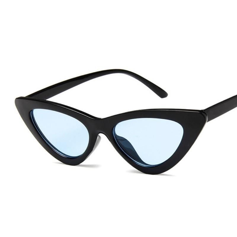 Compre Nova Moda Bonito Sexy Ladies Cat Eye Óculos De Sol Das Mulheres Do  Vintage Da Marca Espelho Pequeno Óculos De Sol Feminino Oculos De Sol UV400  De ... ec31153640