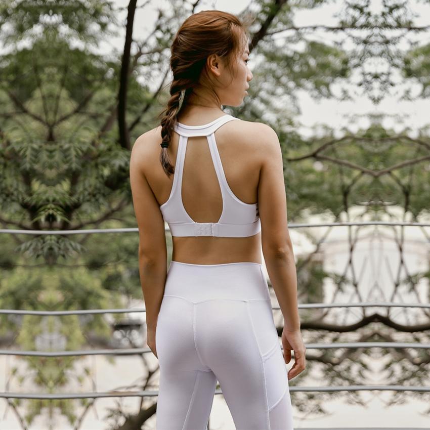42da7baf4f 2019 One F Backless Sports Bra For Women Gym High Impact Shockproof Workout  Underwear Buckle Back Fitness Tank Top Push Up Yoga Bra From Kuaigoubian