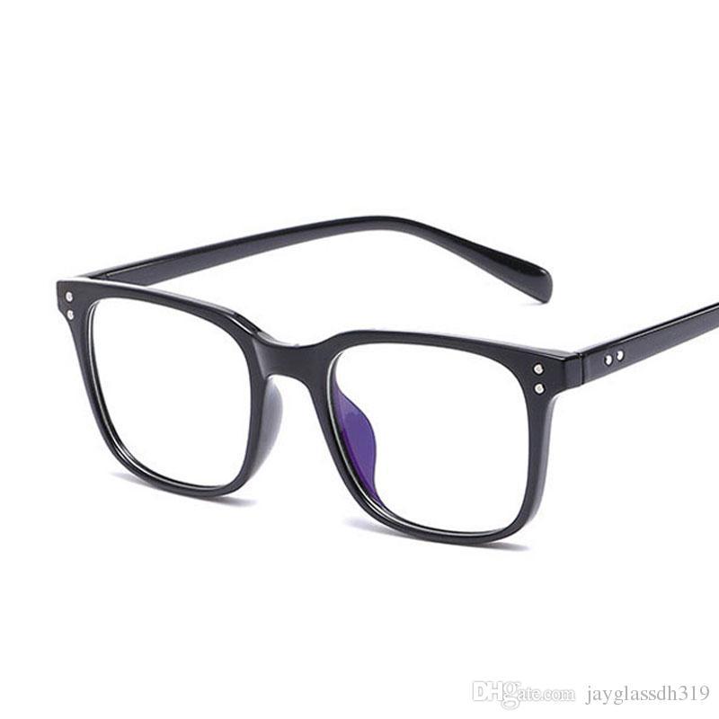 ee513346ec663 Compre Moda Homens Mulheres Óptica Óculos Armação De Arroz Prego Quadrado  Retro Espetáculo Transparente Claro Rebite Óculos De Armação De Luxo  Feminino ...