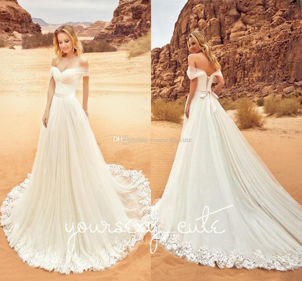 2018 Modest Appliqued Lace Wedding Dresses Off The Shoulder Pleated Tulle Corset Lace Up Dreamy Wedding Gowns Beach Bridal Dresses