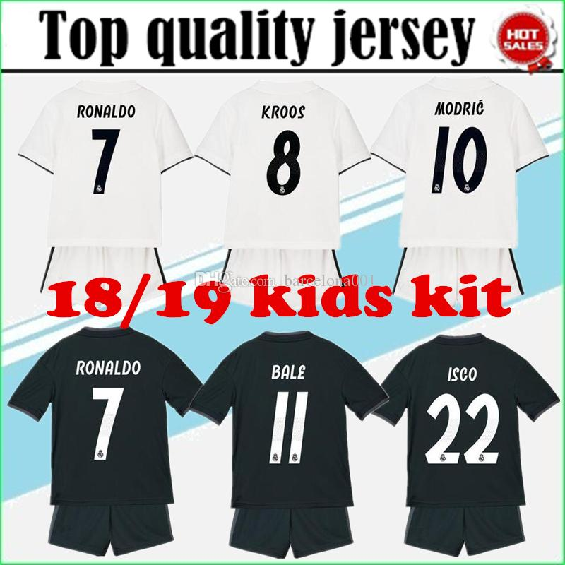 18 19 Real Madrid Jerseys Camiseta De Fútbol 2018 19 Real Madrid ... bb2b75a89d756