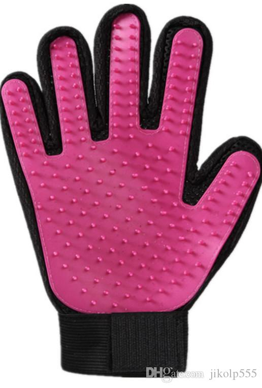 2018 pet gloves, high quality dog cleaning products, silicone bath and massage gloves, cat comb, hair removal and hair brush sticky device.