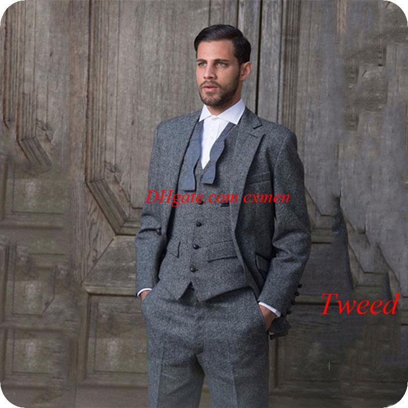 57c3920651e Compre Custom Made Grey Tweed Trajes De Hombre De Negocios Formal Invierno  Harringbone Blazer Para Hombre Pantalones De Chaqueta 3 Piezas Chaleco Slim  Fit ...