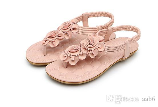 The Bohemian sandal summer 2018 new flat with the Roman open-toed flats.