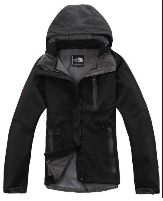 Outdoor mantel warm