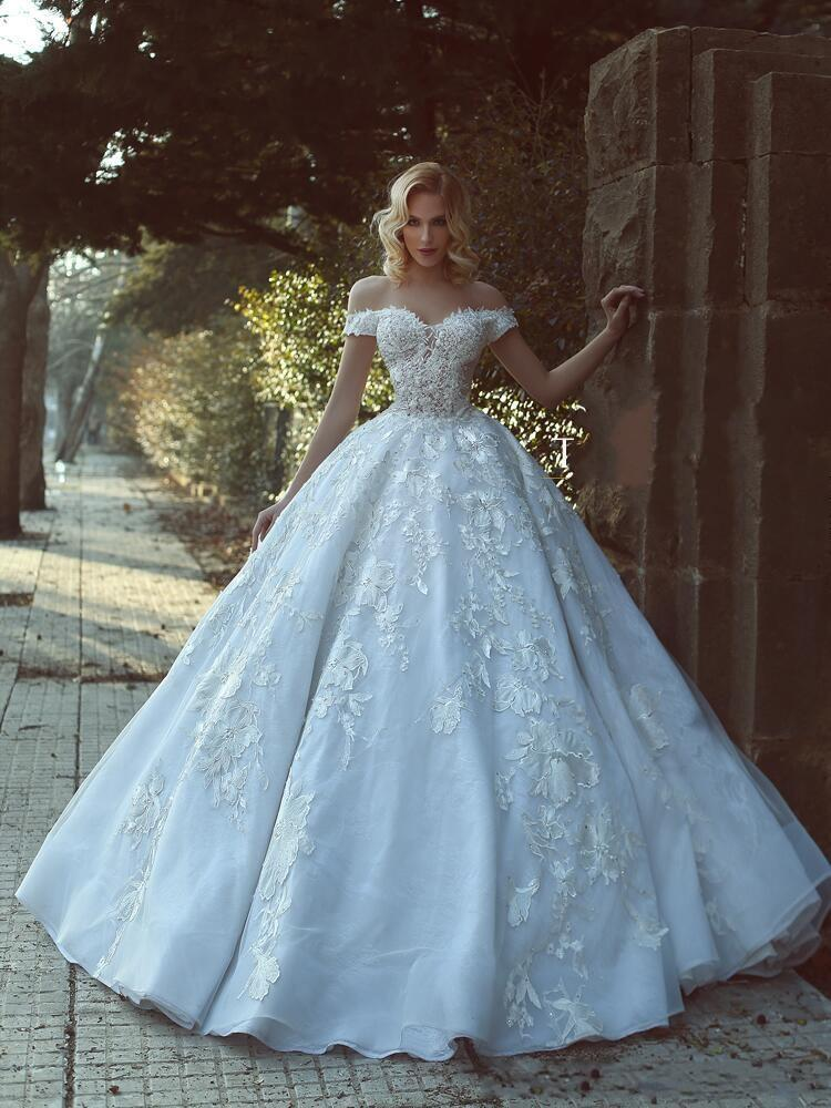 2018 New Ball Gown Wedding Dresses Off Shoulder Cap Sleeves Beads ...
