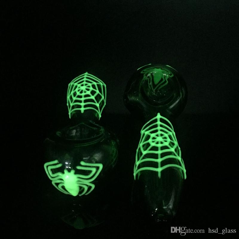 Newest 4 inch glow in the dark portable glass hand pipe water pipes glass spoon pipes smoking pipe for dry herb smoking