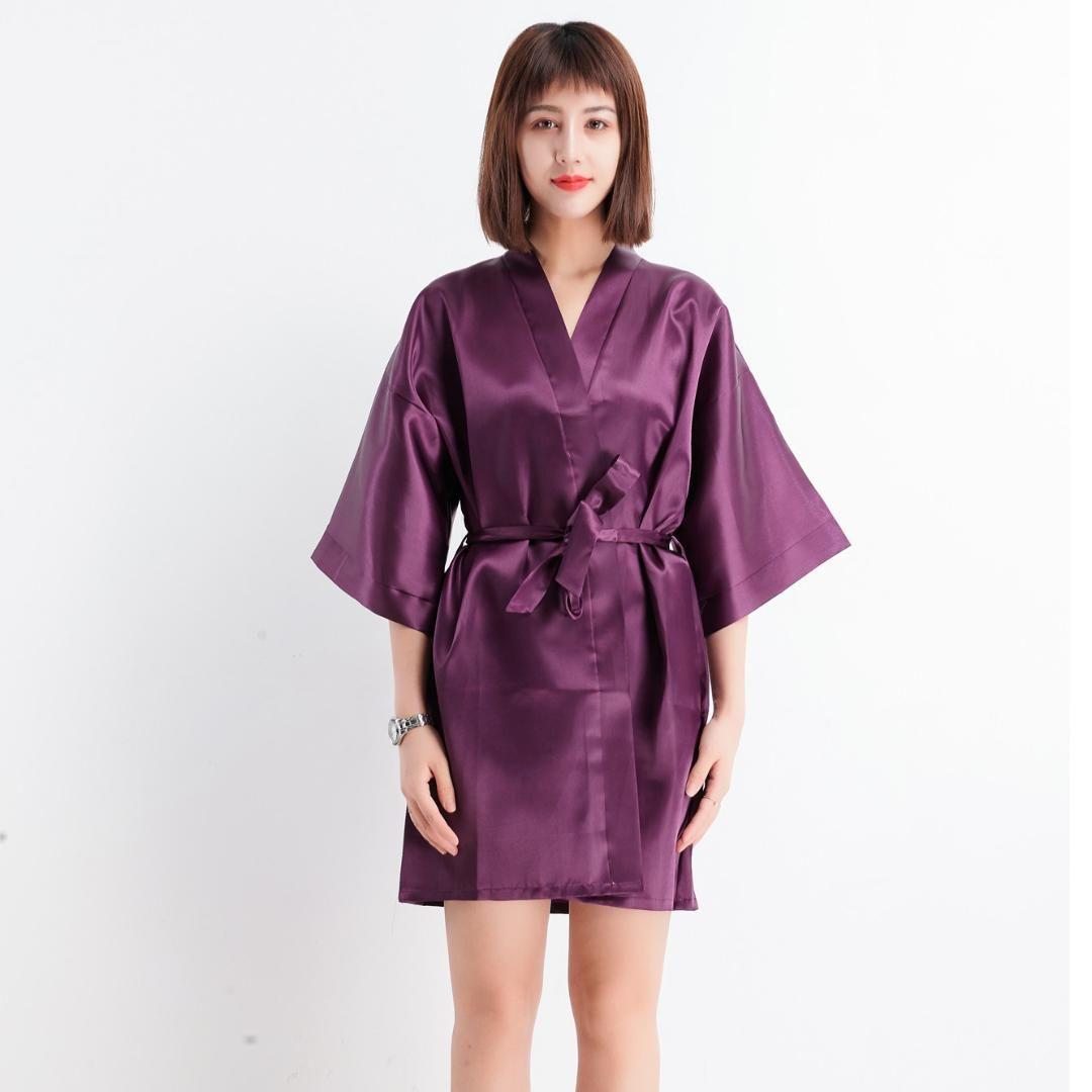 8ad4cb6ea Compre Mujeres Kimono Albornoz Vestido Chino Femenino Novia Dama De Honor  Robe De La Boda Satén Sexy Color Sólido Ropa De Dormir Camisón M 2XL A   33.77 Del ...