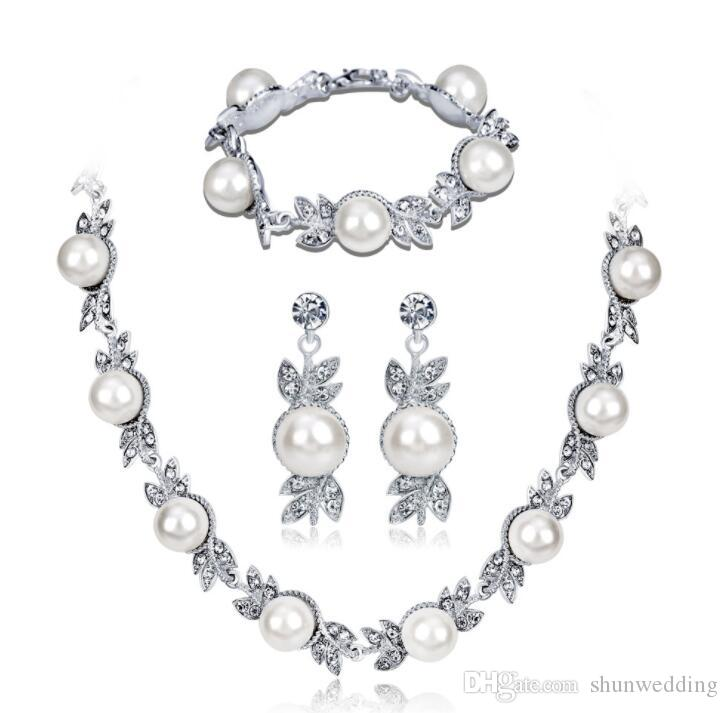 Fashion Exquisite Bridal Wedding Dress Jewelry Set Zinc Alloy Pearls