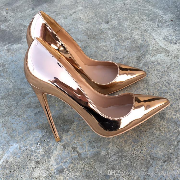 Compre 2018 Nova Prata De Ouro De Salto Alto Sapatos De Fundo Vermelho  Sapatos De Casamento De Couro Genuíno Sexy Festa Prom Bombas De Fundo  Vermelho Bombas ... d049a6cf24af