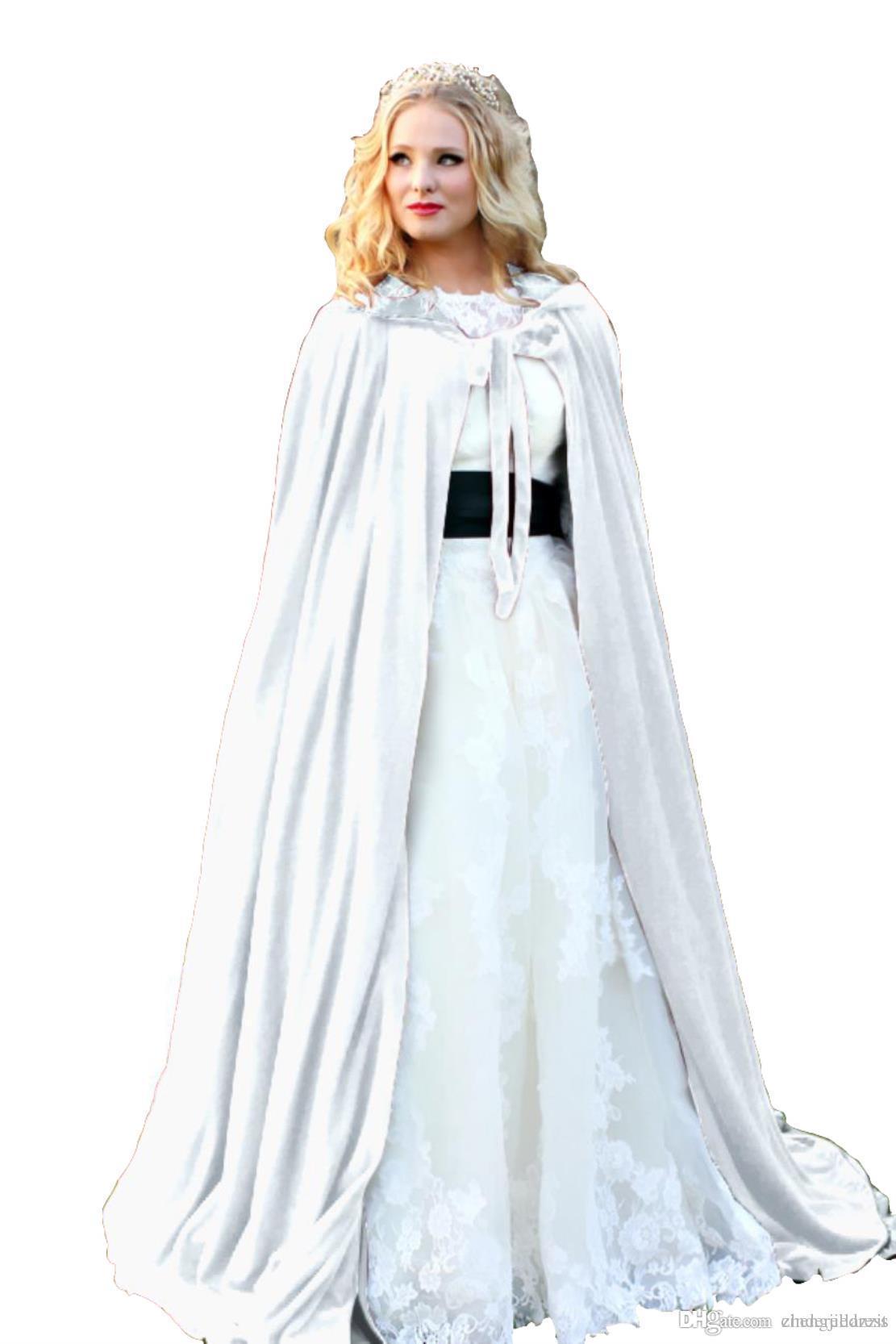 a57aa8d5c Compre Forro Branco Com Capuz Capa De Veludo Gótico Wicca Robe Medieval  Bruxaria Cabo Larp Cape Com Capuz Vampiro Capa Festa Do Dia Das Bruxas  Manto Tamanho ...