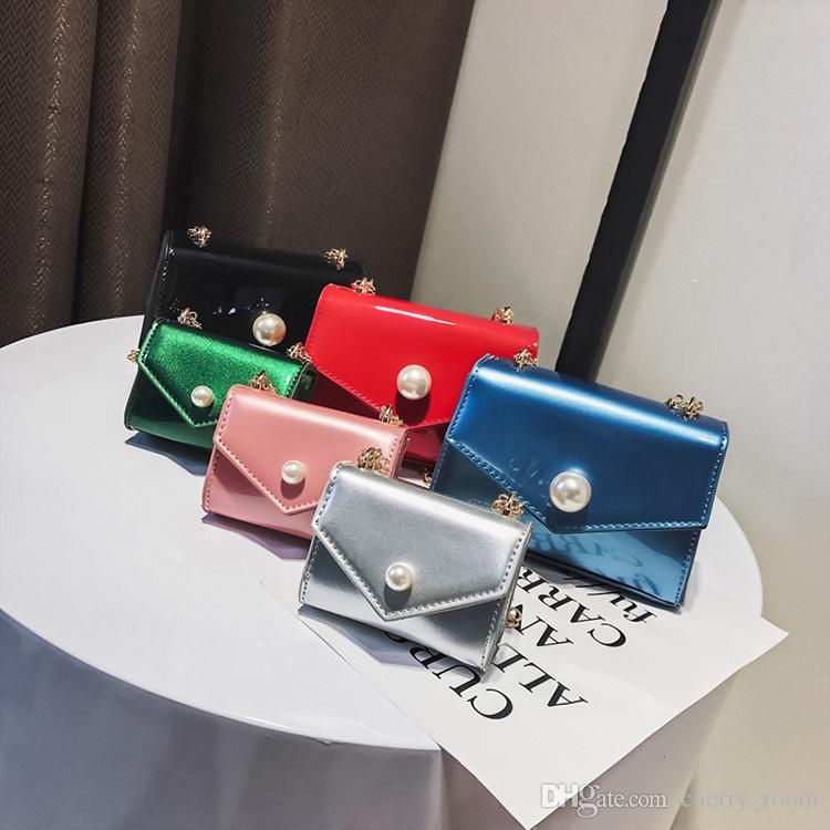 c66a07f75a9b Girls Handbag Kids Purses 2018 Newest Mother And Daughter Matching Bags  Korean Fashion Inclined Shoulder Bags Messenger Bag A9800 Girls Bag Pearl  Chain ...