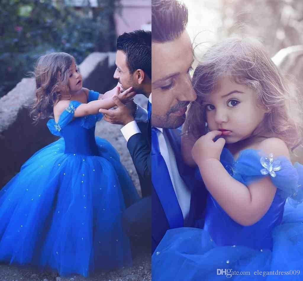Pas cher Royal Blue Princess Girls Girls Pageant Robes Toddler Applique Off Epaule Épaule Tulle Ploits Filles Robe de Pageant pour Little Enfants