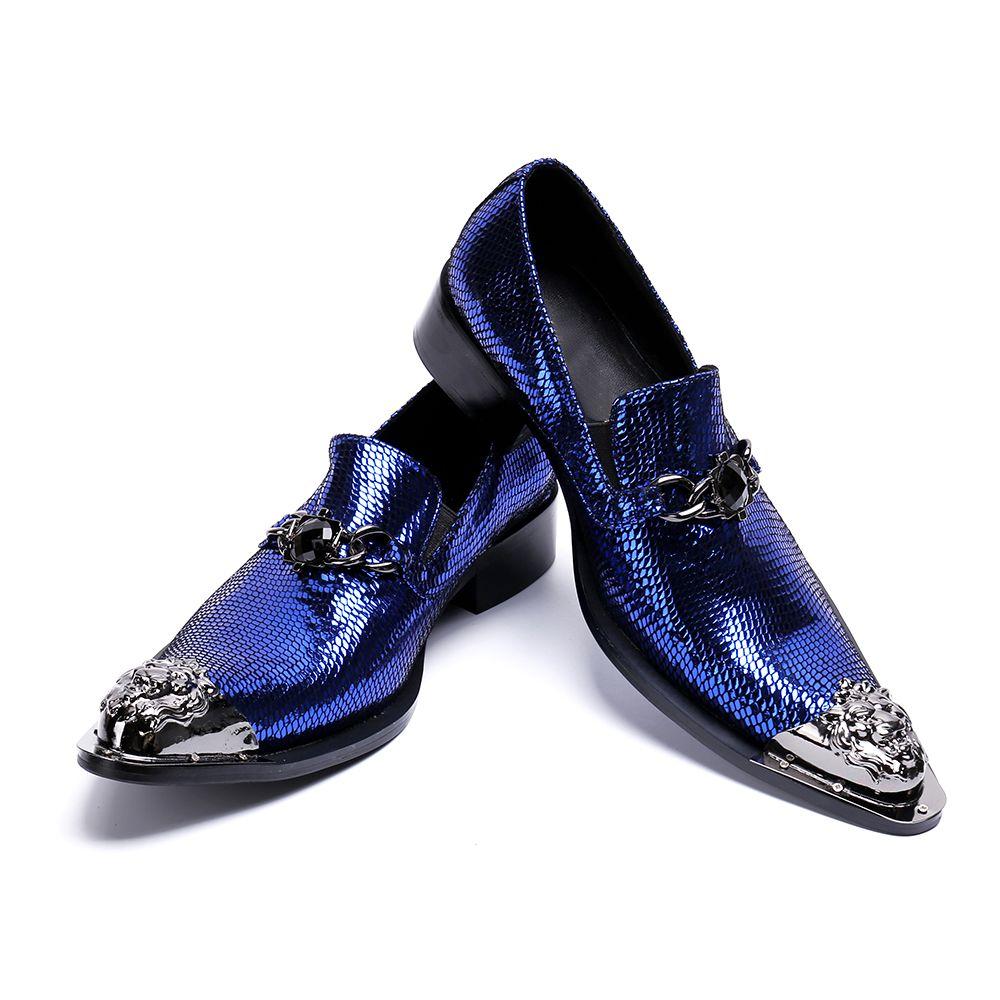 d944173c4 Compre Clássico Sapato Social Masculino Azul Cravado Mocassins Sapatos  Oxford Para Homens Apontou Vestido De Dedo Do Pé De Aço Sapatos De  Casamento Homens ...