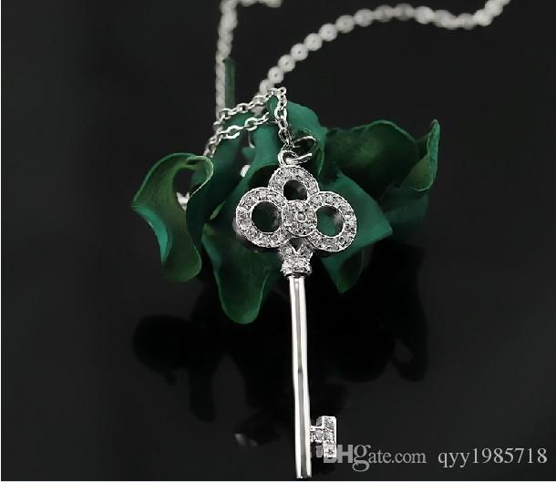 Flower-de-luce Sterling Silver 925 Key Pendant Mciro Synthetic Diamonds Pendant Necklace White Gold Color Fancy Jewelry for Girl