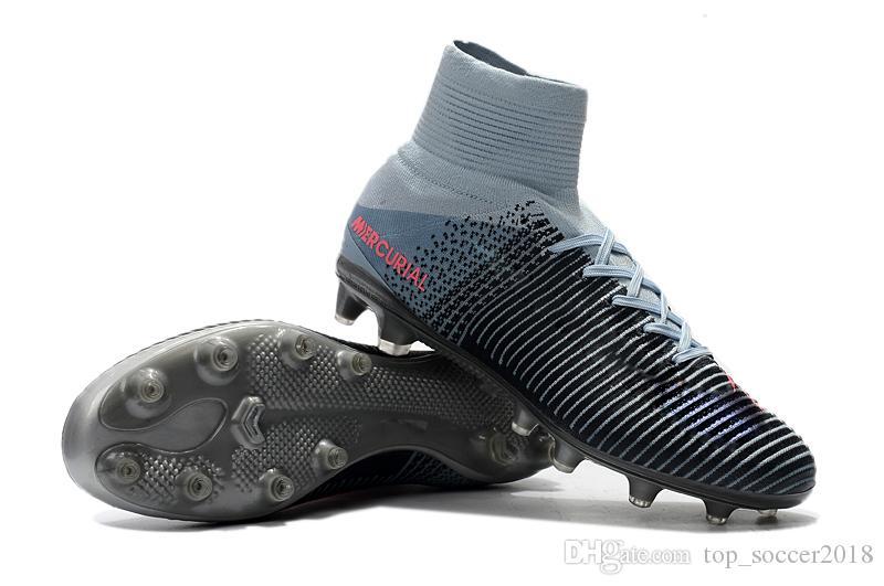 Le football gris original de 100% cale les chaussures de football d'enfants de Mercurial Superfly FG / AG CR7 de haute cheville Les chaussures de football des femmes de Cristiano Ronaldo