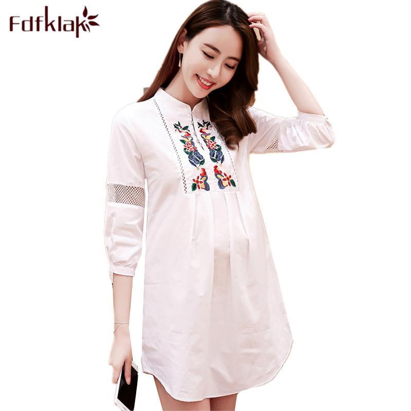 a73297968 Compre Fdfklak Casual Maternidad Ropa De Gran Tamaño Maternidad Camiseta  Primavera Verano Camisas Para Mujeres Embarazadas Embarazo Camisa Y Top A   32.63 ...