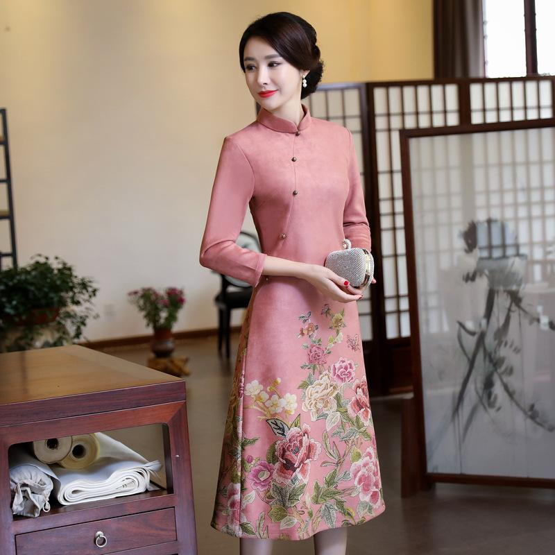 342876523e48ce Robe en velours femme hiver 2018 Flora Print robe traditionnelle chinoise  manches longues Cheongsam Qipao chinois robes longues orientales