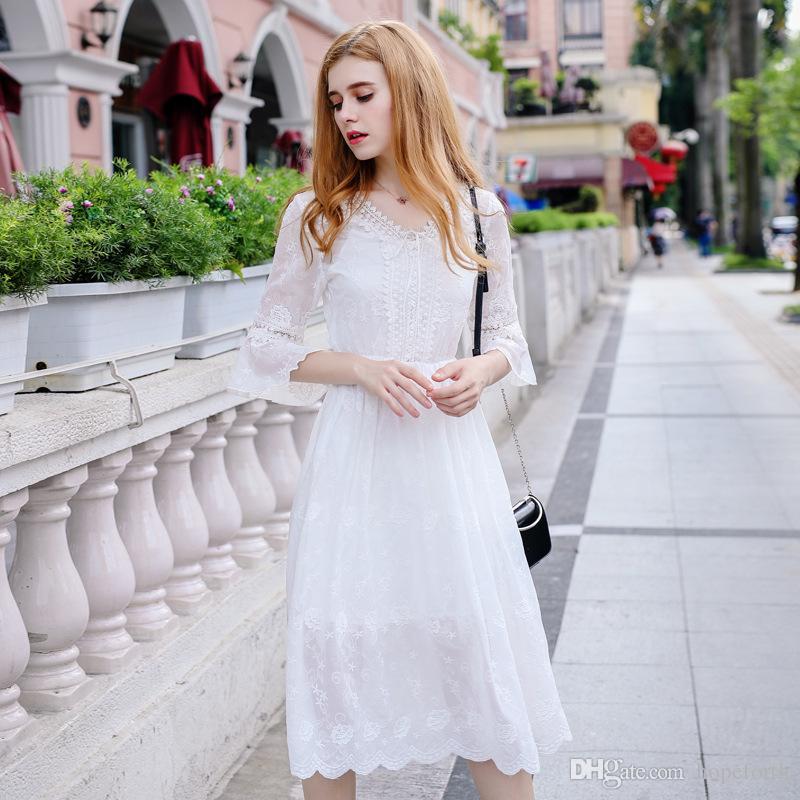 5db271dd2 Hopeforth V-cuello de las mujeres vestido bordado de la colmena de una  línea de falda de gasa vestido de moda para mujer vestidos casuales de  verano