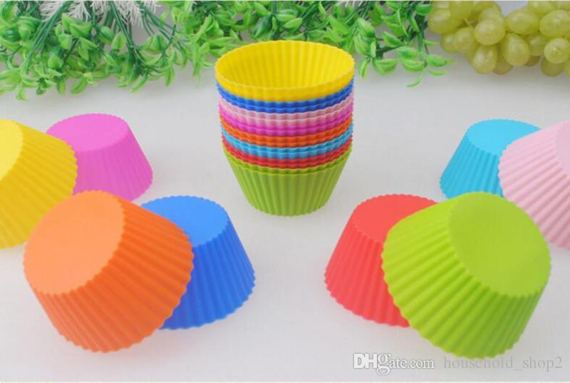 2018 Silicone Mold muffin Cupcake Silicone baking Moulds multi colors Nonstick Heat Resistant Reusable Silicone Cake Molds
