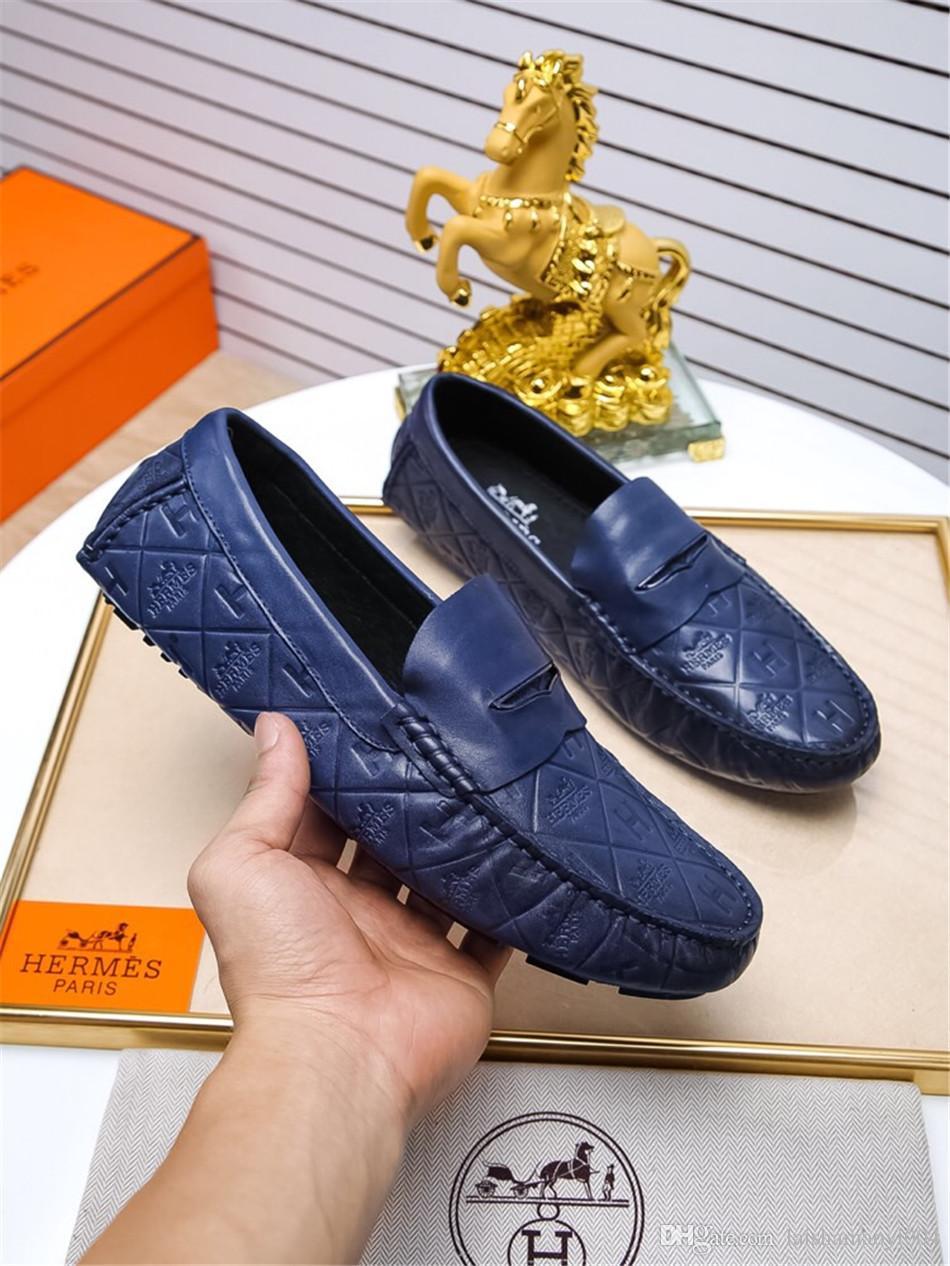 Acheter Marque Printemps Hommes Conduite Chaussures En Cuir Véritable  Bateau Chaussures Respirant Mâle Casual Appartements Slip Sur Mocassins  Bleu Mocassins ... 822edbfedff