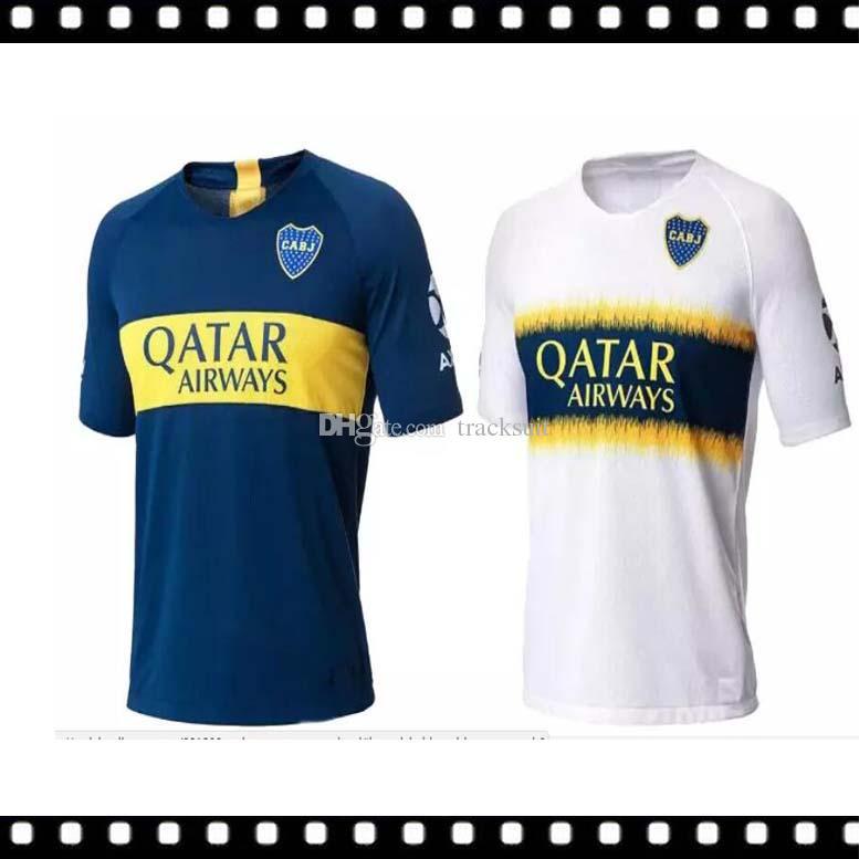 Los Mejores 2018 2019 Boca Juniors Home Camisetas De Fútbol Uniformes  Hombres Calidad Tailandesa 18 19 Visitante Fútbol Azul Blanco Pavon GAGO  TEVEZ Por ... 094337f7eec0e