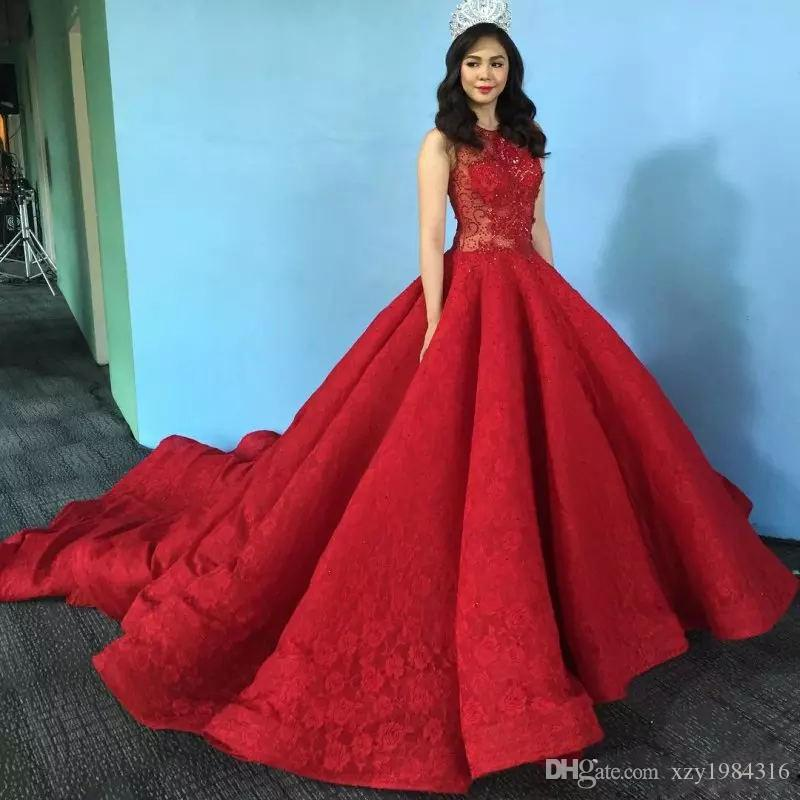 Amazing Dubai Red Prom Dress Crystal Beaded Lace Ball Gown
