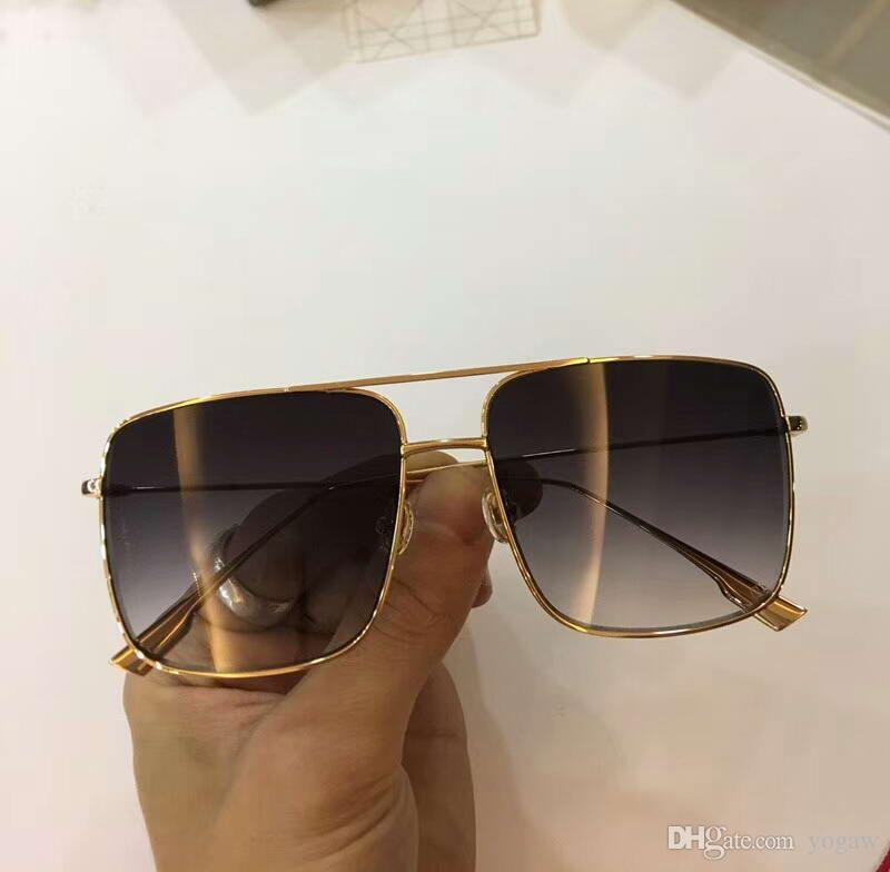 c8d1edef6702c Compre Oro Cuadrado   Gris Plateado Espejo Gafas De Sol Dorado Marco De  Metal Gafas De Sol De Marca De Moda Gafas Rara Nuevo Con Caja A  59.4 Del  Yogaw ...