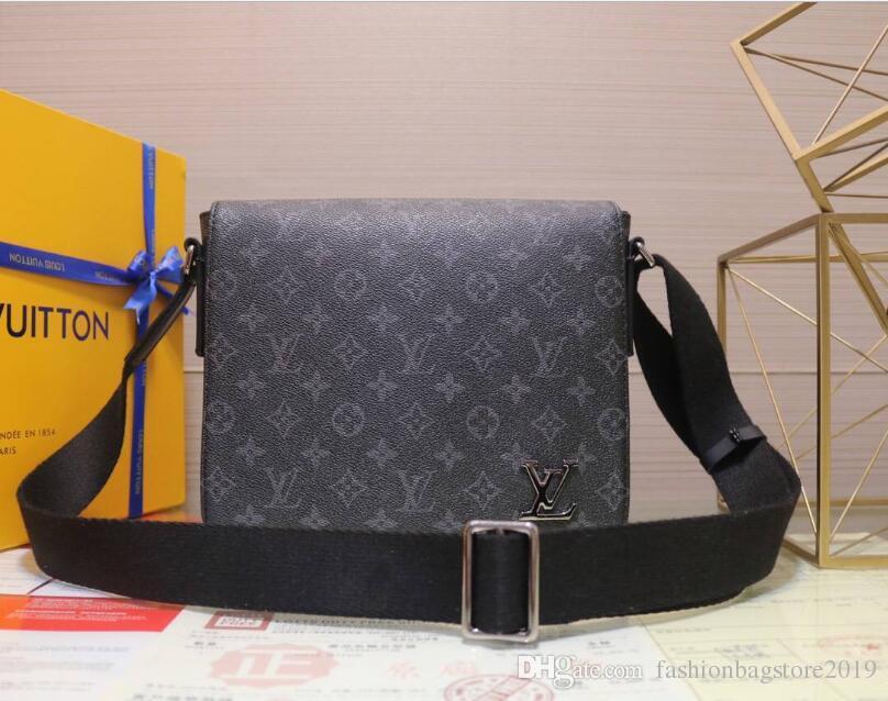 8d9dba40e630 2018 Fashion Men Printed Shoulder Bags Brand Real Leather Crossbody ...