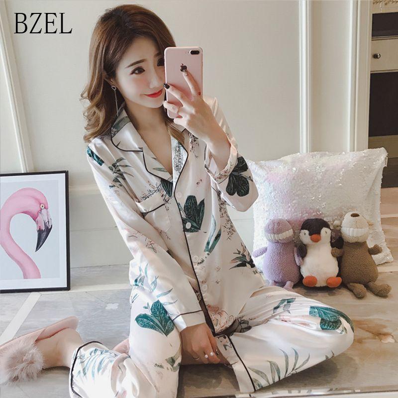 2109b37666 Compre BZEL Otoño Primavera Pijamas Para Mujeres Ropa De Dormir De Manga  Larga Pijamas De Seda Conjuntos De Dos Piezas Conjunto De Ropa Interior  Floral ...