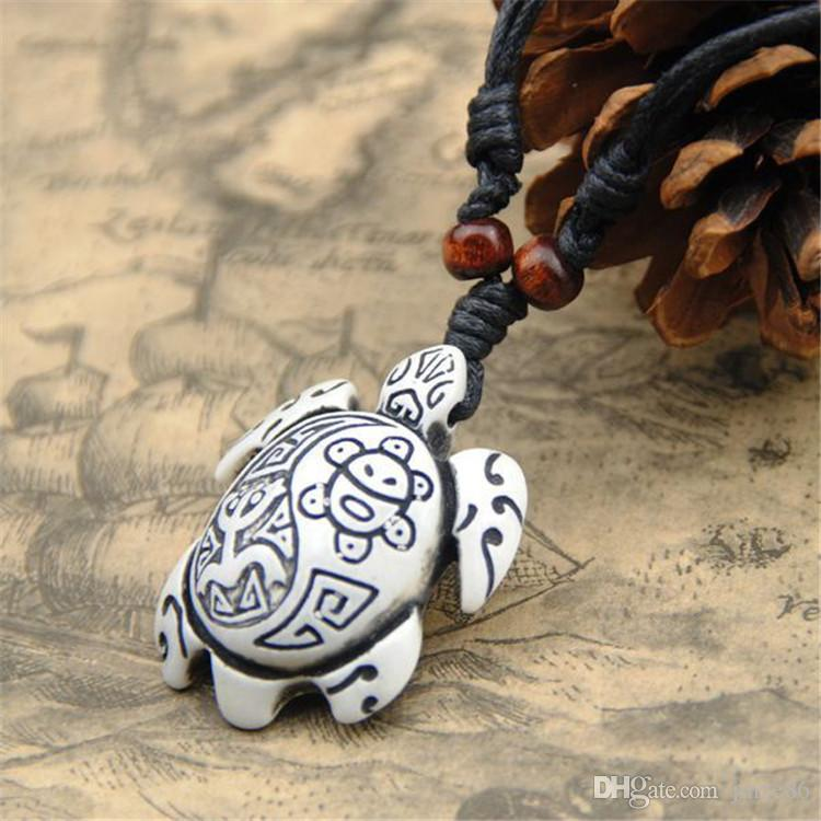 Multi-Color Vintage Yak Bone Carving Lucky Surfing Turtles Pendants Necklaces Imitation Bone Length Adjustable Rope Pendants Wholesale