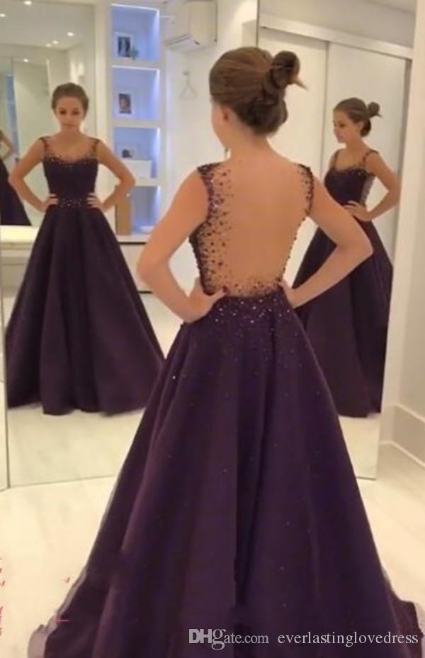 Wunderschöne Traube eine Linie bodenlangen ärmellosen Prom Kleider Perlen Kristall schiere Tüll Abendkleider mit offenem Rücken