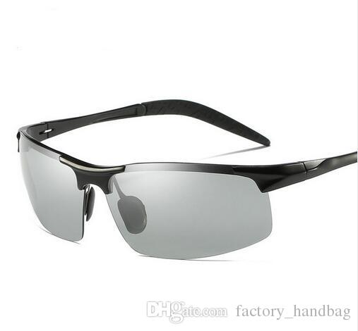 2f02a8d4abbd8 Compre 2018 Homens De Alumínio Fotocromático Polarizada Óculos De Sol  Descoloração Óculos Masculino Liga De Óculos Anti Reflexo Hd Óculos De  Condução 8177 ...