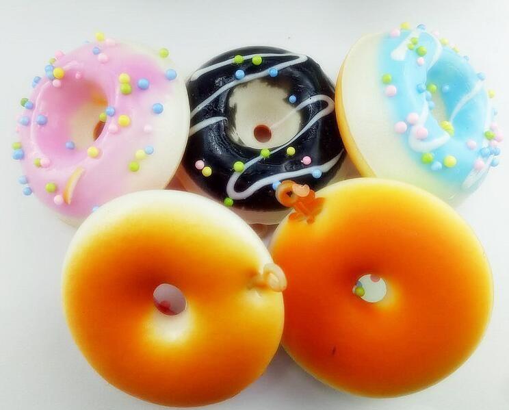 DHL Livraison Gratuite Jumbo Bonjour Kitty Donut Slow Rising Squishy Charm Kawaii Squishies Crème Parfumée Décompression Anxiété Jouet