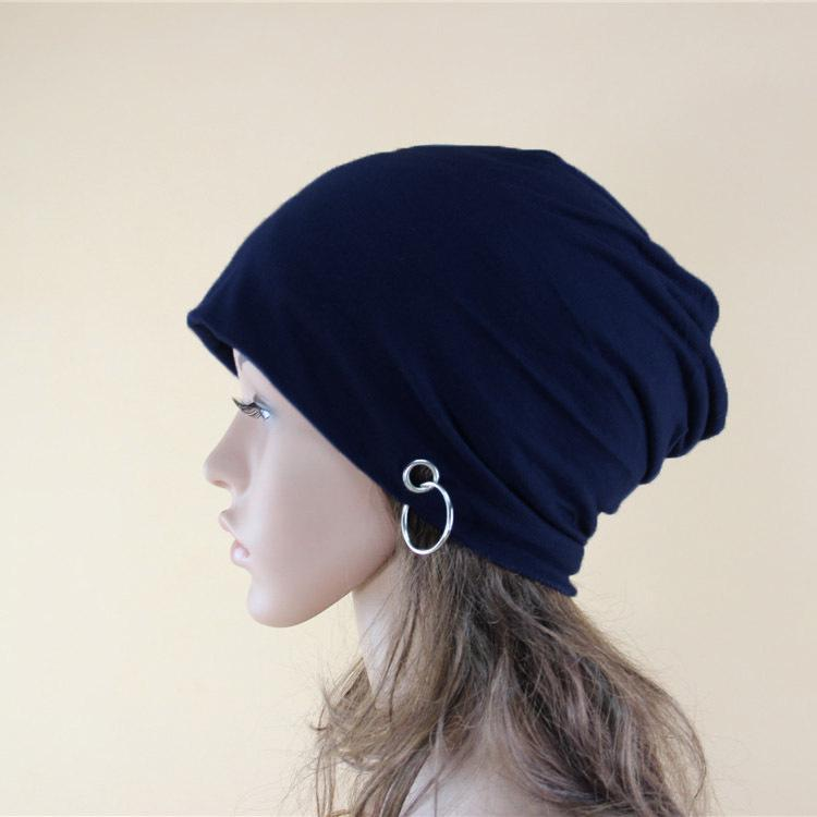 2018 Female Autumn And Winter Casual Knit Hat Hoop Iron Ring Decorative  Head Men S Outdoor Ear Protection Warm Knitted Wool Cap Slouchy Beanie  Skull Cap ... cb57b60838f