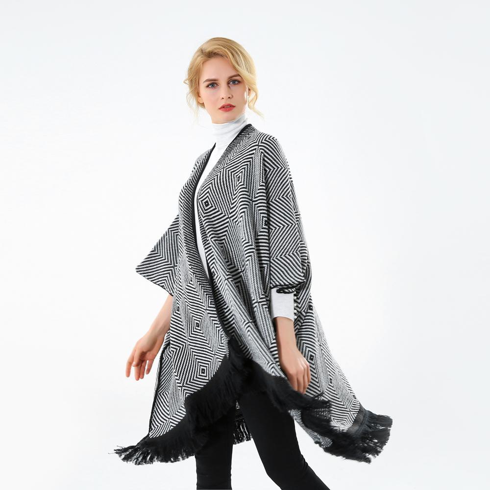 Winfox 2017 Nuovo Marchio Moda Inverno Nero Bianco Plaid a strisce Pashmina Open Front Poncho sciarpa le donne Ladies