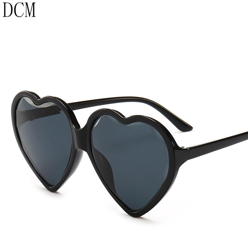 0e3fbc1d02 Compre Corazón Ojo De Gato Gafas De Sol Mujeres Diseñador De La Marca Lolita  Gafas De Sol Damas Elegantes Lentes Sexy Para Mujeres De Compras A $22.09  Del ...