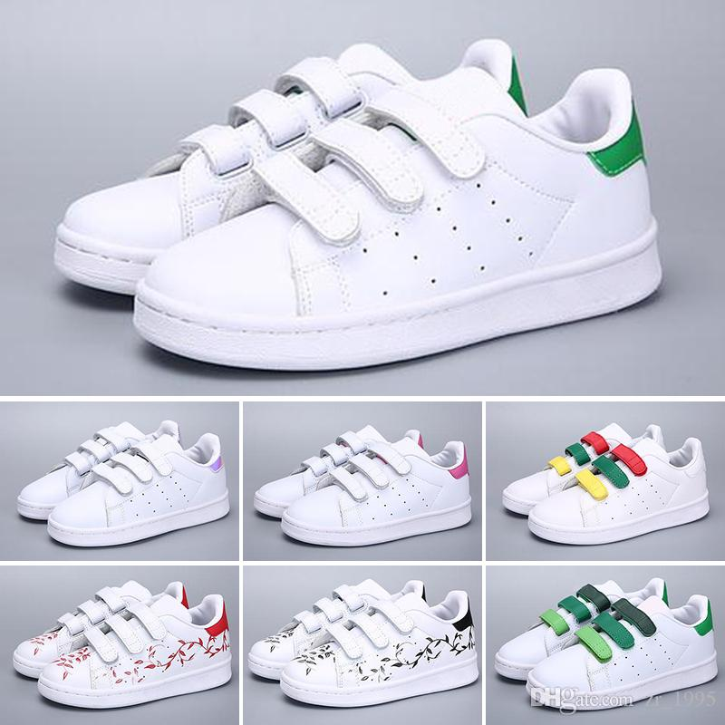 check out 8b019 549f4 Compre Adidas Superstar Estilo 2018 Al Por Mayor Zapatos De Lona Clásicos  Para Niños Moda Alta Zapatos Bajos Niños Y Niñas Lienzo Deportivo Y Calzado  ...