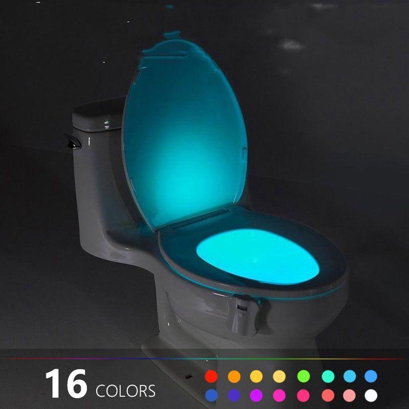 Artık karanlık banyo yok ... Bu hareket sensörü gece lambası, herkes gece tuvalete girdiğinde otomatik olarak yanar.